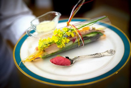 Obama china service - luncheon plate for Shinzo Abe